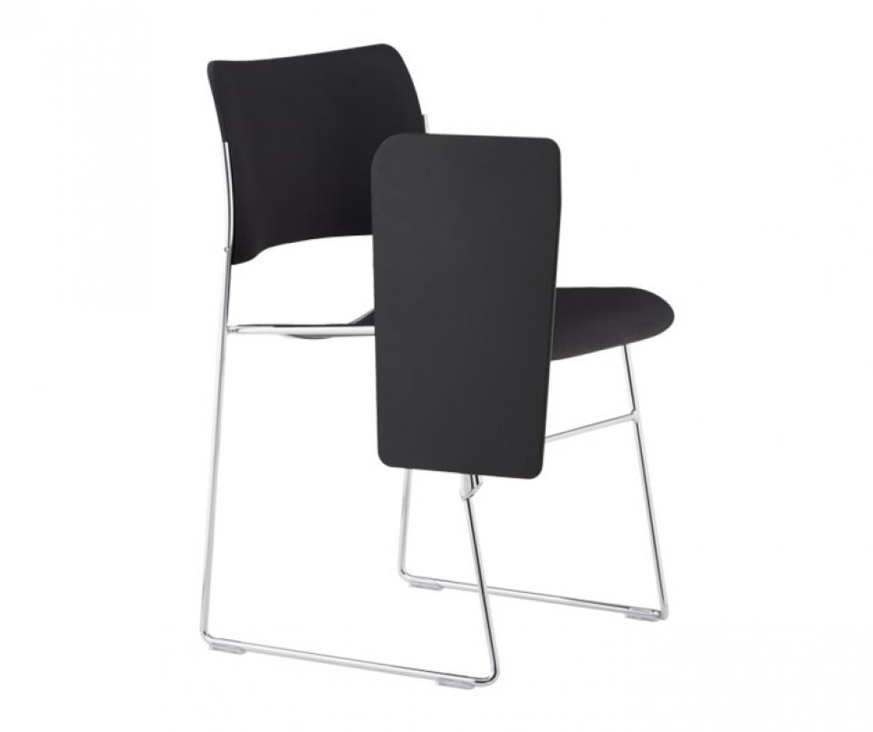 40/4 chair w/writing tablet | HOWE - MOVING DESIGN